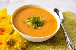 Суп из сладкого картофеля и лука-порей
